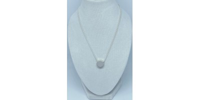 round pendant with chain