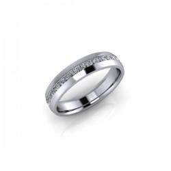 Platinum 0.25ct Diamond Channel Set Wedding Ring