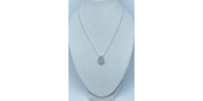 teardrop pendant with chain